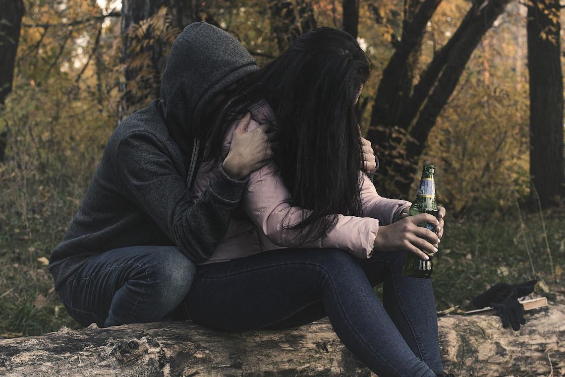 E06 / Preocupaciones en la adolescencia: Género, diversidad sexual y consumo problemático